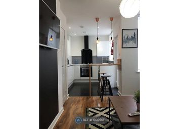 Room to rent in Renshaw Street, Eccles, Manchester M30