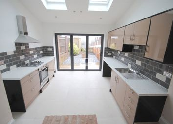 Thumbnail 2 bedroom terraced house to rent in High Street, Kings Langley