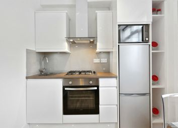 1 bed flat to rent in Acton House, Horn Lane, London W3