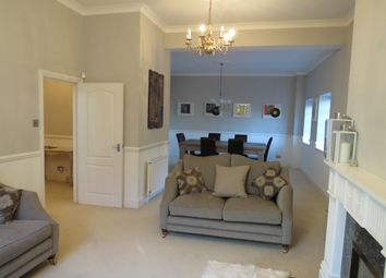 Thumbnail 2 bed flat to rent in High Road, Broxbourne