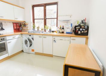 Room to rent in Rope Street, Surrey Quays London SE16