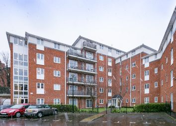 Thumbnail 1 bedroom flat for sale in Blytheswood Place, London
