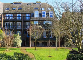 Thumbnail 3 bedroom flat for sale in Shirelake Close, Oxford