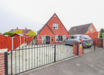 3 bed detached house for sale in Highfield Lane, Newbold, Chesterfield S41