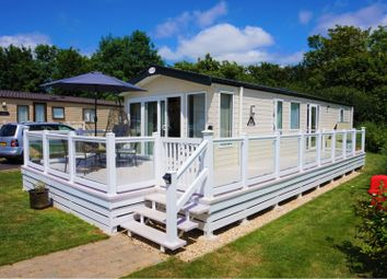 Thumbnail 2 bedroom mobile/park home for sale in Broadway Lane, Cirencester