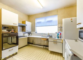 Thumbnail 2 bed flat for sale in Whittington Road, Bounds Green
