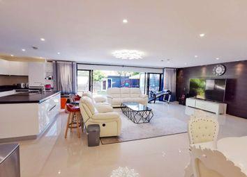 Ashfield Lane, Chislehurst BR7. 4 bed detached house