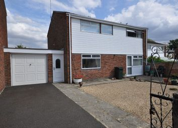 Thumbnail 4 bed detached house for sale in Elstow Avenue, Caversham, Reading