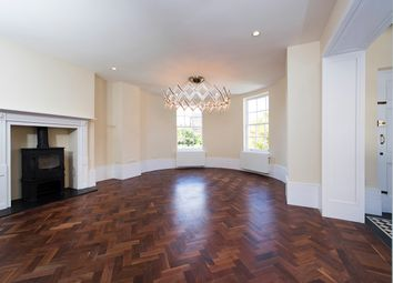 Thumbnail 6 bed town house to rent in Kennington Park Road, London