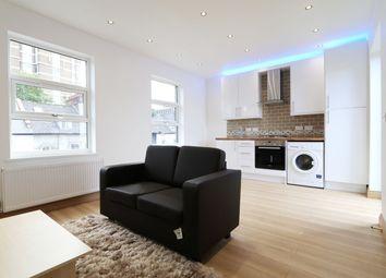 Thumbnail 3 bed flat to rent in St Pauls Road, Highbury & Islington