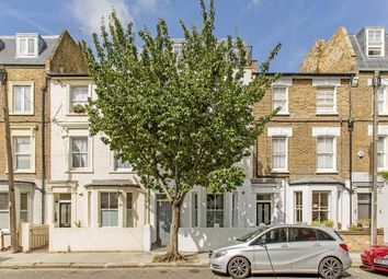 Thumbnail 3 bedroom flat to rent in Southerton Road, London