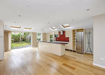 Thumbnail 4 bed property to rent in Cloudesdale Road, London