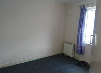 Thumbnail 1 bed flat to rent in Tunstall Crescent, Leicester