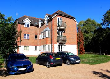 Thumbnail 1 bed flat to rent in Maidenhead Road, Cookham, Maidenhead