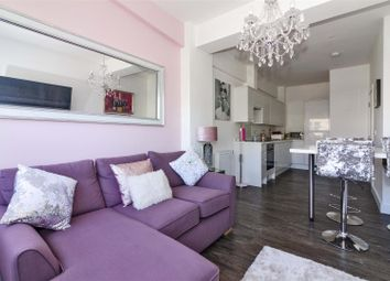 The Causeway, Goring-By-Sea, Worthing BN12. 1 bed flat