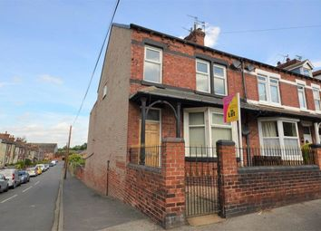 Thumbnail 2 bedroom flat to rent in Healdfield Road, Castleford