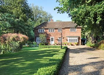 Thumbnail 5 bed detached house to rent in Cannons Mill Lane, Bishops Stortford, Herts