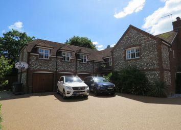 Thumbnail 5 bed detached house to rent in Willow Drive, Maidenhead
