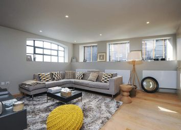 Effie Road, London SW6. 2 bed flat for sale