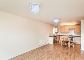 Thumbnail Flat to rent in Queen Marys Avenue, Watford