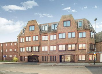 Thumbnail 2 bed flat for sale in Marshalls Road, Sutton