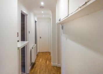 Thumbnail 1 bed flat for sale in Bobbins Gate, Paisley