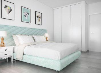 Thumbnail 2 bed apartment for sale in Portimão / Praia Da Rocha, Portimão, Portimão