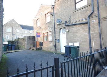 Thumbnail Cottage to rent in Chapel Street, Queensbury, Bradford