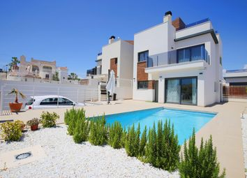 Thumbnail 4 bed chalet for sale in Calle Guadarrama 03193, San Miguel De Salinas, Alicante