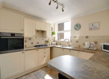 2 bed flat for sale in Cardinal Court, Grand Avenue, Worthing, West Sussex BN11