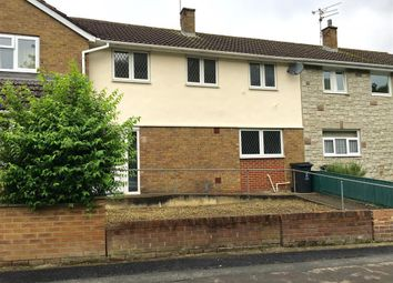 Thumbnail 3 bedroom property to rent in Shaftesbury Avenue, Swindon