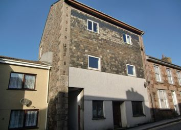 Thumbnail 2 bed flat to rent in Higher Fore Street, Redruth