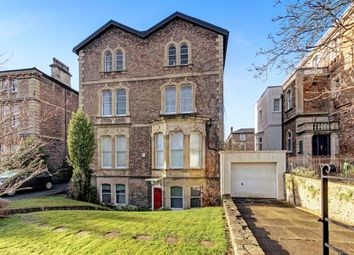 3 bed flat to rent in Pembroke Road, Clifton, Bristol BS8