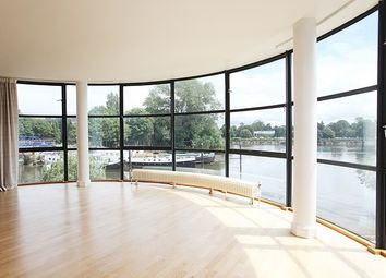Thumbnail 2 bed flat to rent in Goat Wharf, Brentford