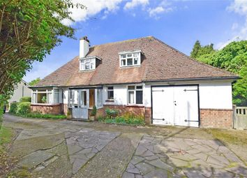 Thumbnail 3 bed detached house for sale in Istead Rise, Istead Rise, Kent