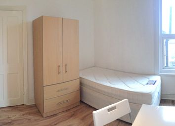 Thumbnail Room to rent in Alexandra Road, London
