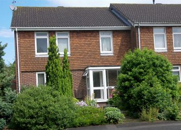 Thumbnail 4 bed detached house to rent in Moggs Mead, Petersfield