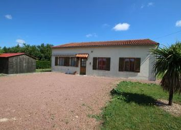 Thumbnail 3 bed bungalow for sale in Chef-Boutonne, Deux Sevres, France
