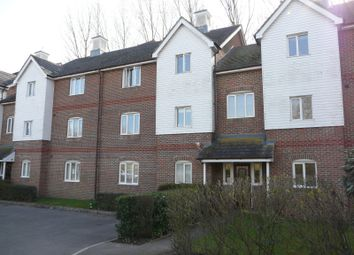 Thumbnail 2 bedroom flat for sale in Lockside Court, Aldermaston, Reading