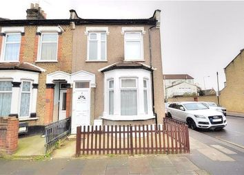 3 bed terraced house to rent in Francis Avenue, Ilford IG1