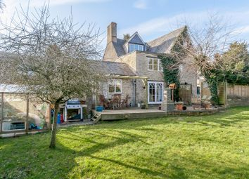 Thumbnail 7 bed cottage for sale in St. Peters Road, Brackley, Northamptonshire