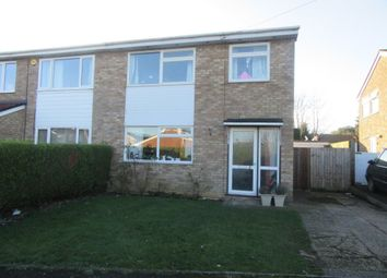 Thumbnail 3 bed property to rent in Dove Close, Fenstanton, Huntingdon