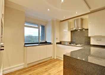 Thumbnail 2 bed flat for sale in Crescent West, Hadley Wood