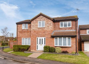 Thumbnail 4 bed detached house for sale in Hunters Close, Grove, Wantage