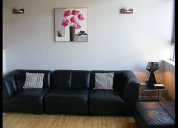 Thumbnail 2 bedroom flat to rent in Byron Street, Leeds