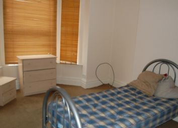 Thumbnail 1 bedroom property to rent in Room 1, Highfield Road, Doncaster