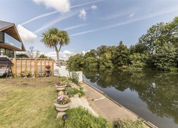 Thumbnail 1 bed property for sale in Sandhills Meadow, Shepperton