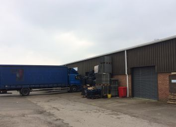 Thumbnail Warehouse to let in Fairoaks Airport, Chobham, Surrey