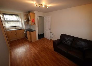 1 bed flat to rent in St. Ives Mount, Armley, Leeds LS12