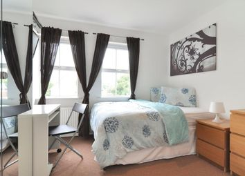 Thumbnail Room to rent in Olliffe Street, Canary Wharf